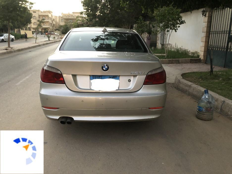 BMW - 523i - 2009