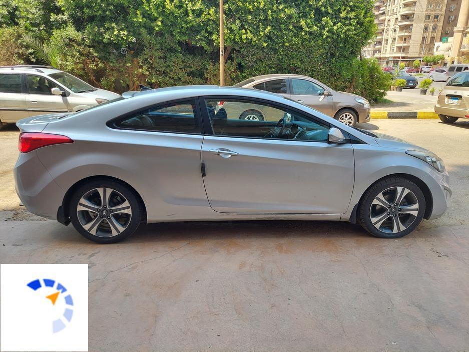 Hyundai - Elantra  - 2013