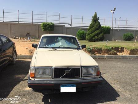 Volvo - 240 - 1983