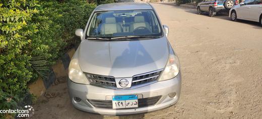 Nissan - Tiida - 2009