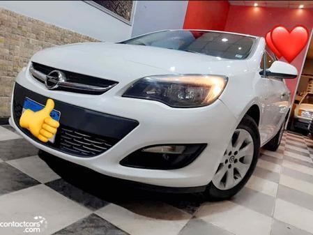 Opel - Astra - 2020