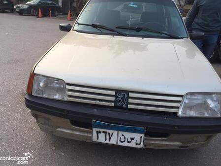 Peugeot - 205 - 1985