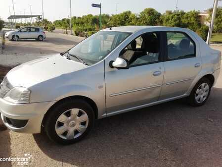 Renault - Logan - 2009