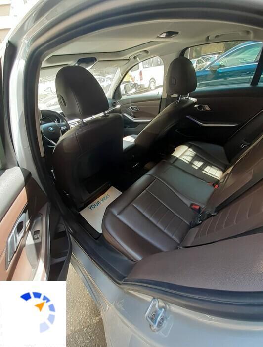 BMW - 320i - 2020