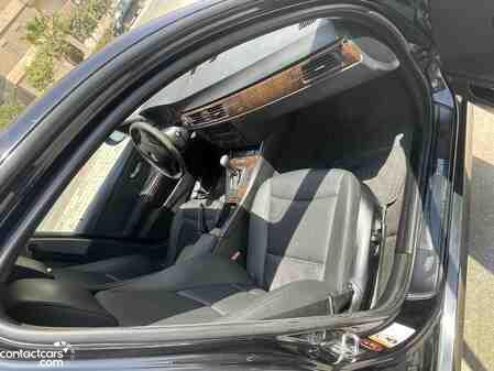 BMW 320i 2007