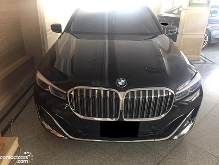 BMW 740 2020