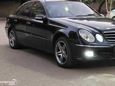 Mercedes E350 2005