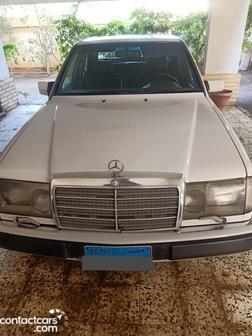 Mercedes - E230 - 1992