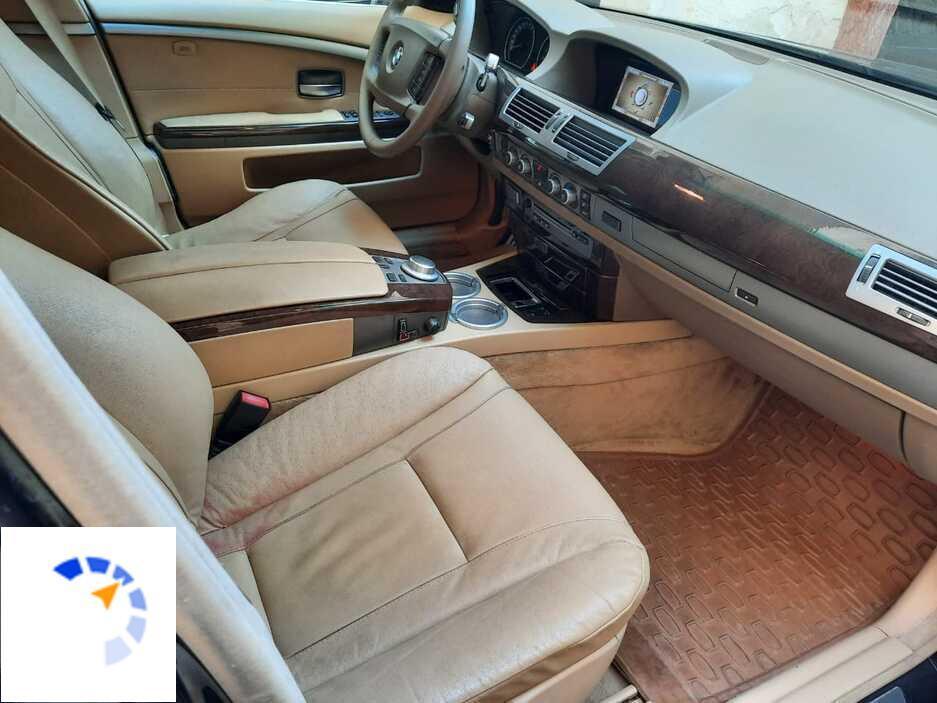 BMW 740 2009