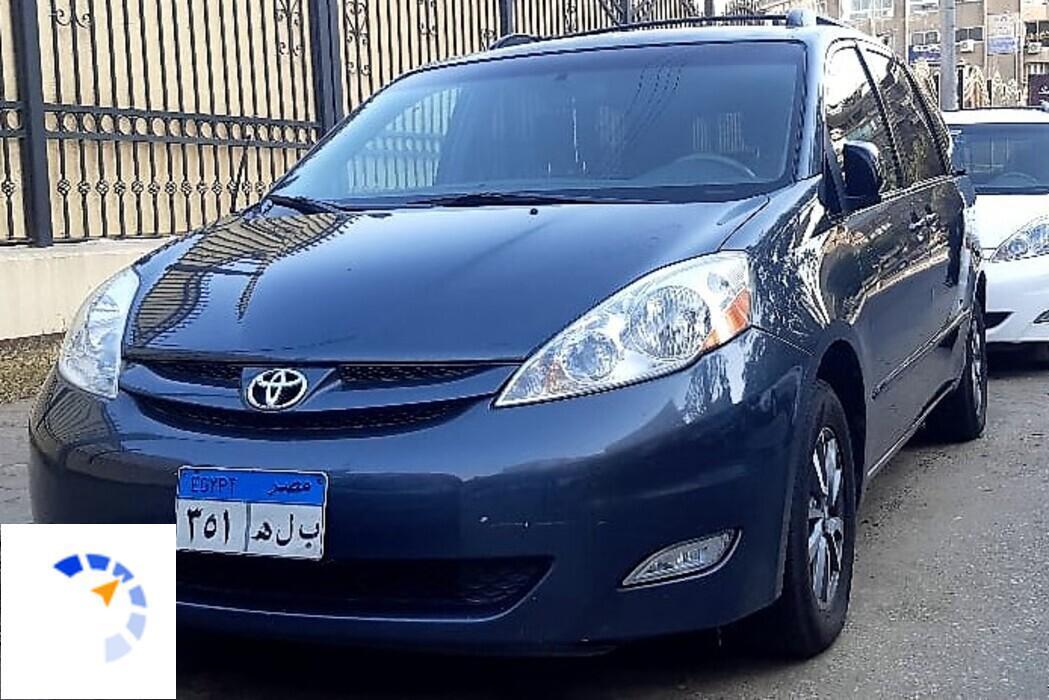 Toyota - Siena - 2006