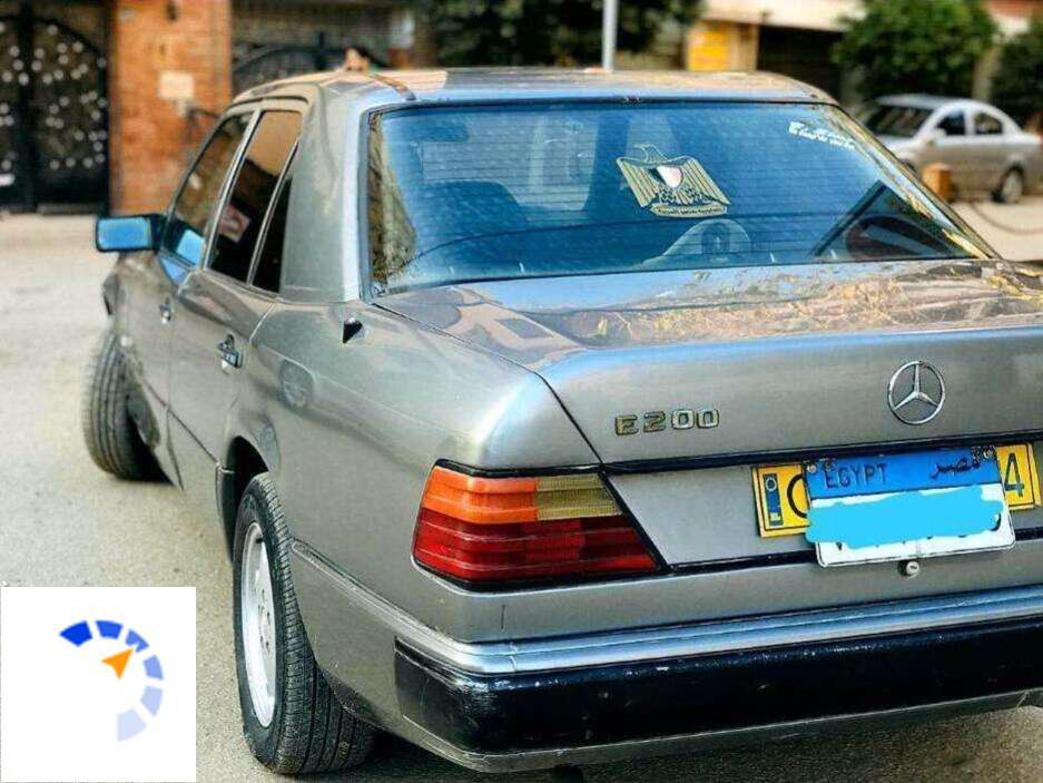 Mercedes - E200 - 1988