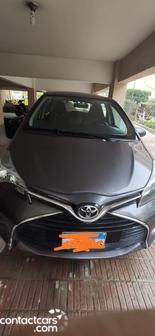 Toyota - Yaris - 2016