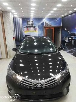 Toyota - Corolla - 2015