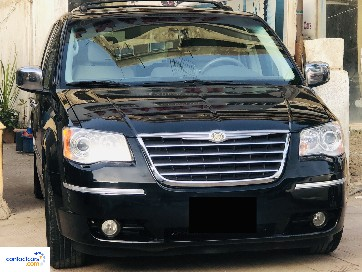 Chrysler - Town & Country - 2010