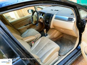 Nissan - Tiida - 2010