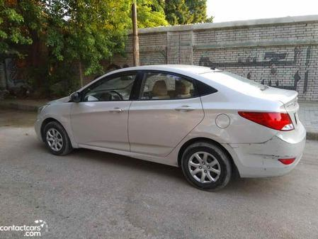 Hyundai - Accent RB - 2015