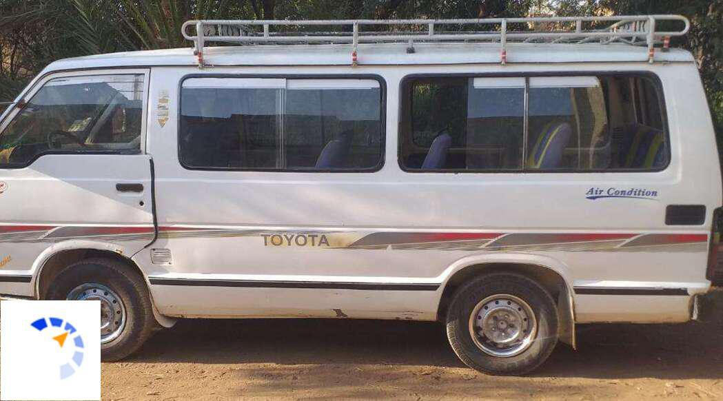 Toyota - Hilux - 1984