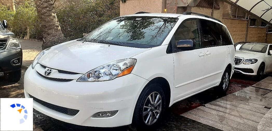 Toyota - Siena - 2009