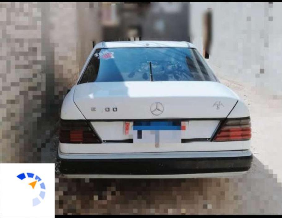 Mercedes - E200 - 1985