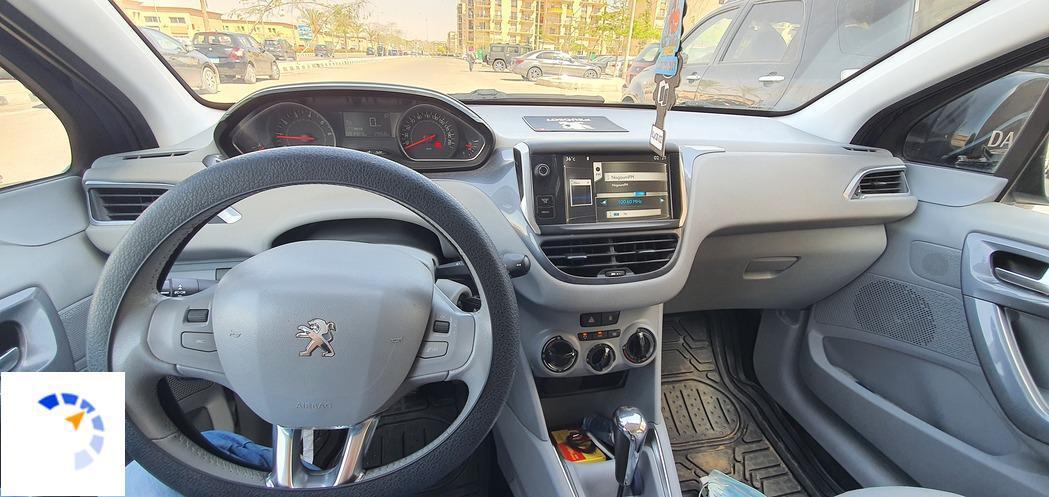 Peugeot - 208 - 2014