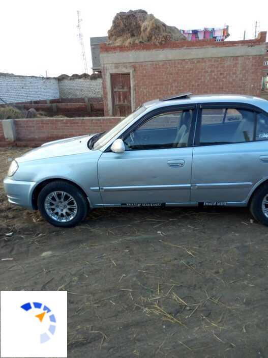Hyundai - Verna - 2011
