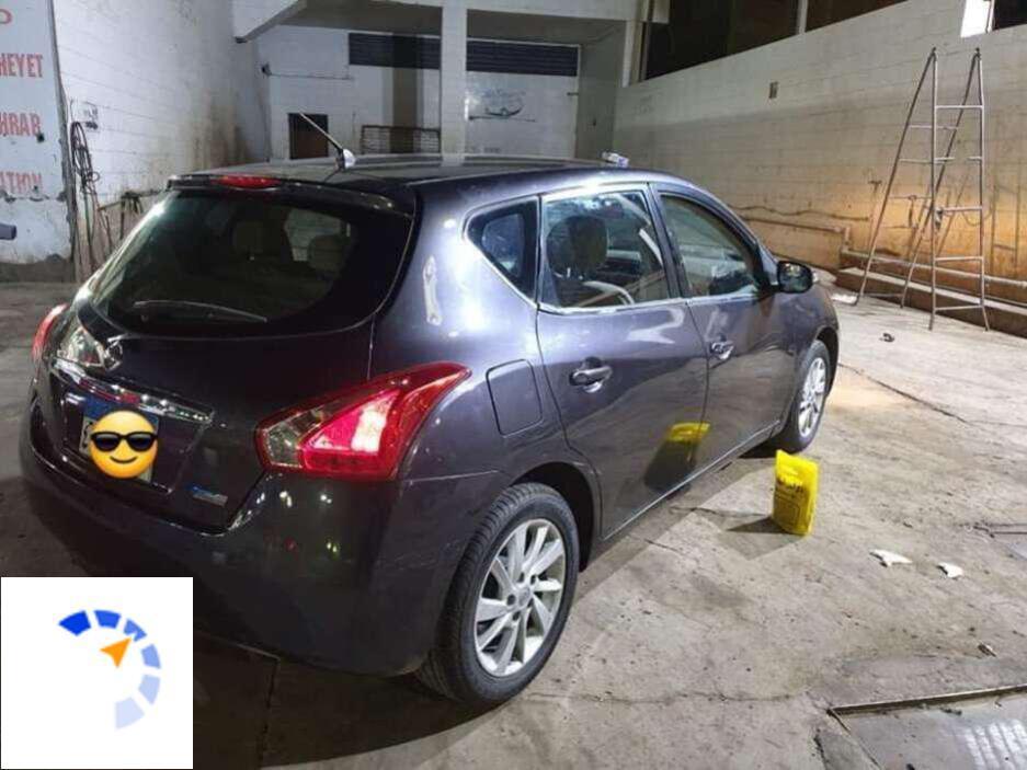 Nissan - Tiida - 2015